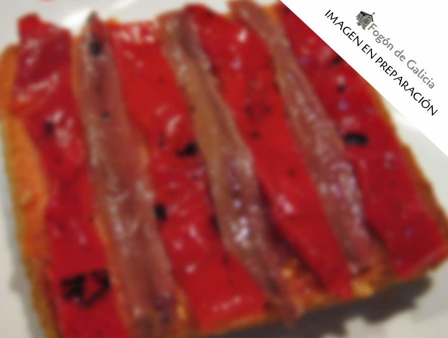 Tosta de pimientos rojos asados con anchoas